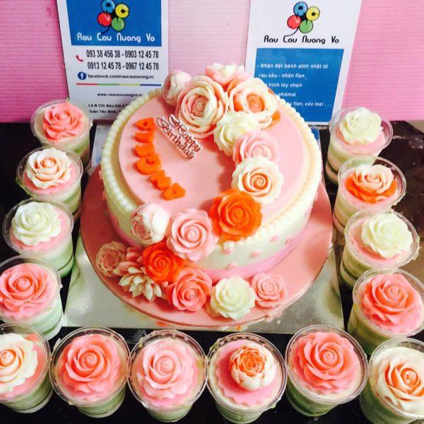 hoa hong va cupcake