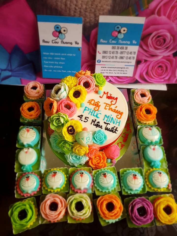 Bánh hoa đầy tháng và cupcake (1 mẫu)